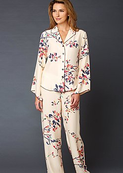luxurious silk print pajamas