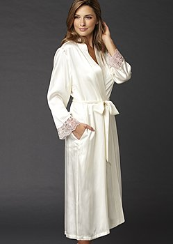 Le Soir Dream Silk Robe
