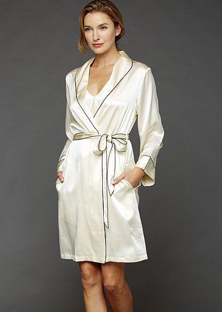 The Splendid Silk Short Robe