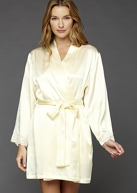 Le Tresor Silk Wrap - Luxurious Short Silk Robe