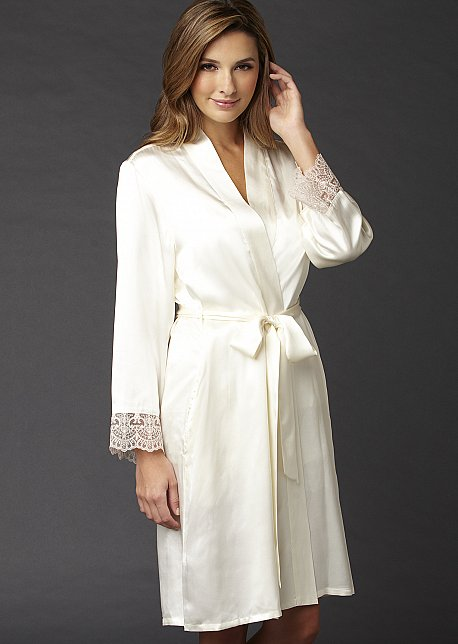 Bonsoir Silk Wrap - Luxury Short Silk Robe