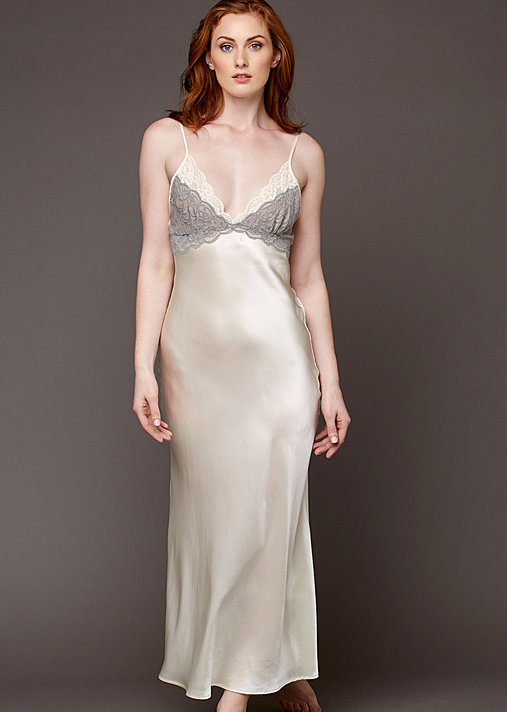 Tresor Delice Silk Nightgown