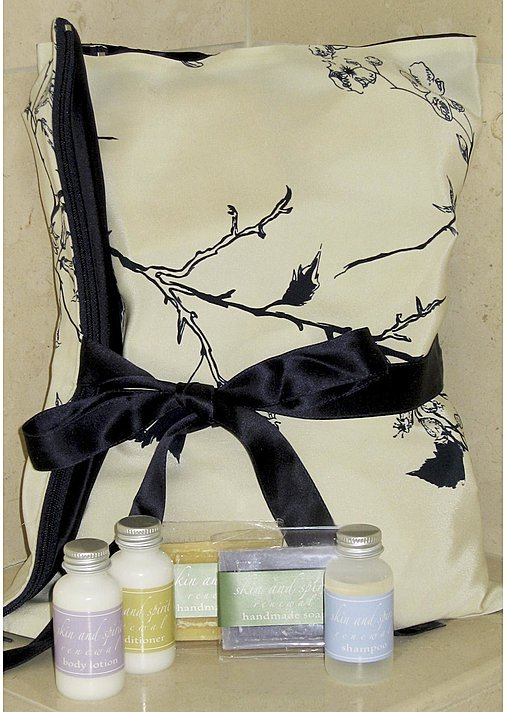 Midnight Flight Spa Travel Set - Silk Bag w/ Spa Kit